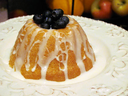 fancy little pound cake